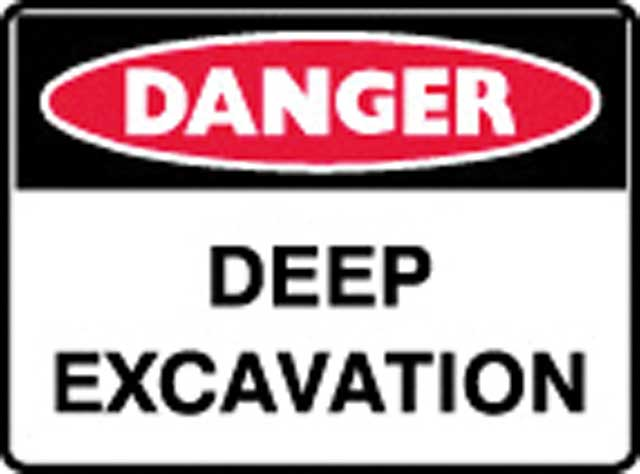 Sign - Metal Danger 'Deep Excavation' 600 x 450
