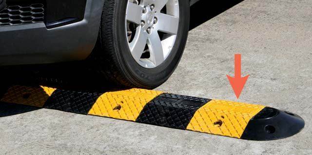 Speed Hump - Rubber Body Section Slo-Motion Economy 250mm - Yellow