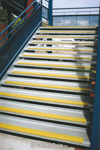 Stair Nosing - FRP Anti Slip Panel 750mm x 76mm x 30mm - Yellow