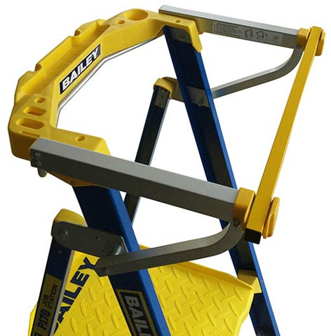 Safety Gate - Manual Closing suits Bailey Stepladders Handrail Width 560mm