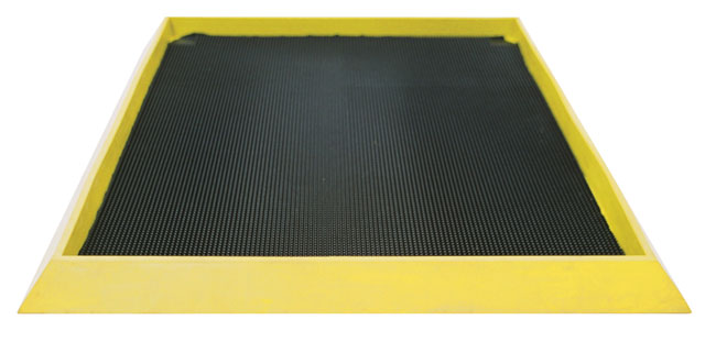 Mat - Boot Dip matTEK Boot Dip 980mm x 810mm x 47mm c/w Yellow Edge - Black