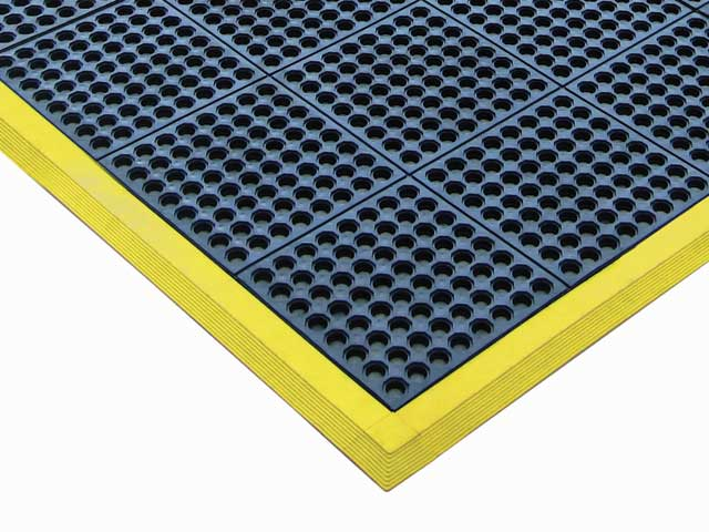 Mat Edging - Modular matTEK Comfort Link Edge 900mm x 75mm Male - Yellow