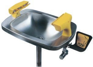 Face Wash - Speakman SE400 Wall Mount Hand Operated